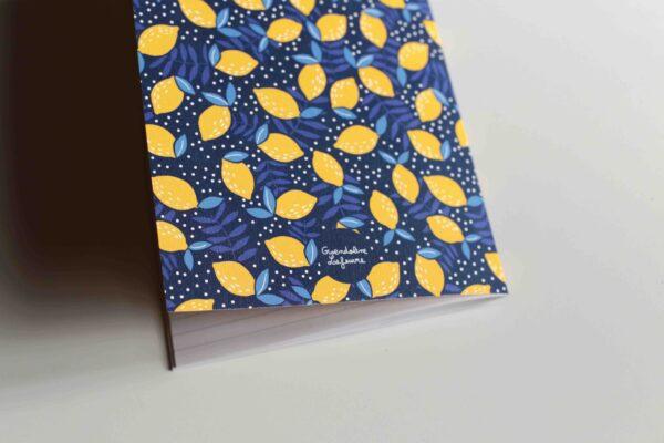 Gwendoline Lefeuvre ⎮ Graphisme & Design textile⎮ illustratrice à Nantes ⎮ Carnet de notes citrons