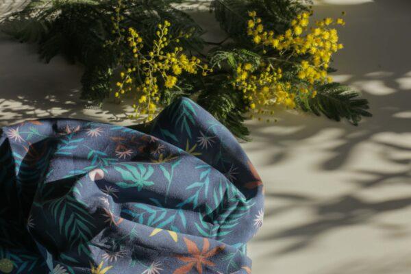 Gwendoline Lefeuvre Ilustration & design textile à Nantes ⎮ Tissu Floral Birds